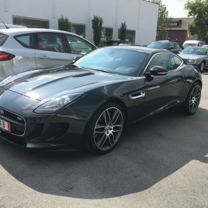JAGUAR F-TYPE_side